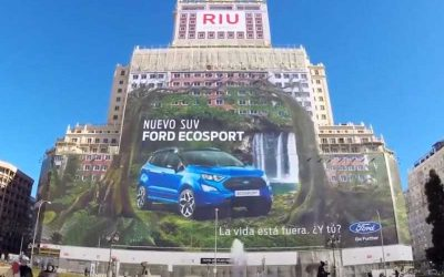 FORD ECOSPORT | Carro entra para o Guinness com maior outdoor do mundo!