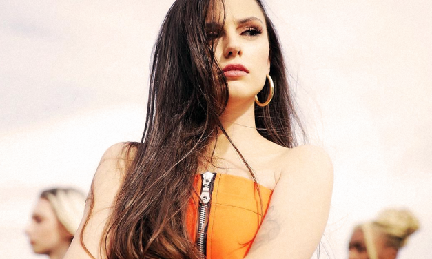 MÚSICA | Cher Lloyd está de volta com 'None Of My Business'!