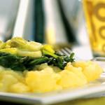 Batata com espinafre e alho poró