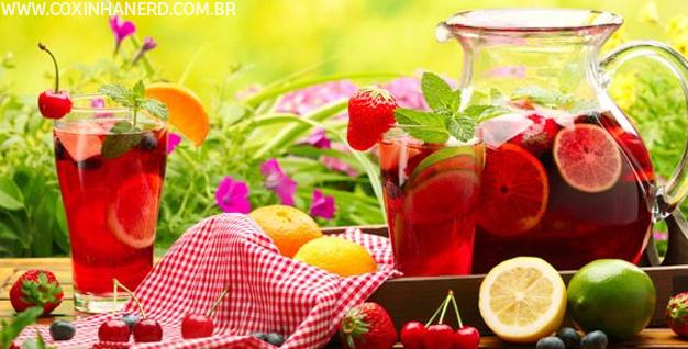 A moda colorida do verão: Águas aromatizadas!