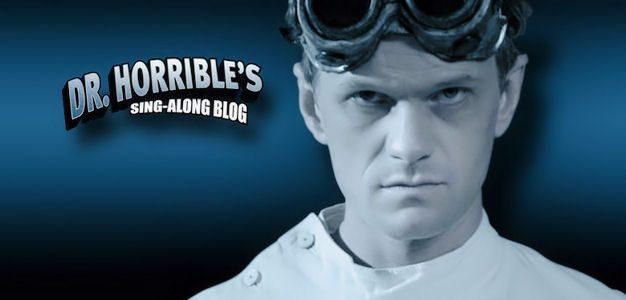 5 motivos para você assistir Dr. Horrible's Sing-Along Blog!