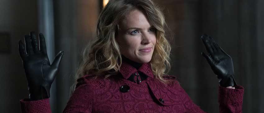 Barbara pode se tornar Arlequina em Gotham!