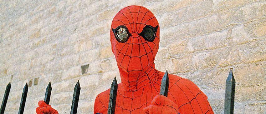O novo antigo trailer de Homem-Aranha: De Volta ao Lar!
