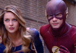 Séries   Novas imagens do crossover entre The Flash e Supergirl são reveladas!