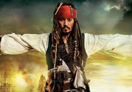 PIRATAS DO CARIBE: A VINGANÇA DE SALAZAR | Jack Sparrow e vilão ficam cara a cara em novo cartaz internacional!