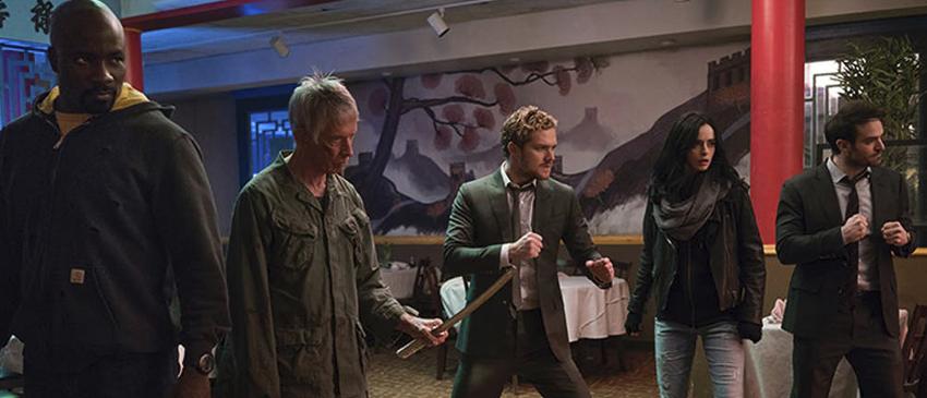 OS DEFENSORES | Confira as novas imagens oficiais da série reunindo o grupo de heróis!