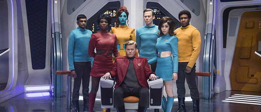 BLACK MIRROR | Nova imagem da quarta temporada mostra paródia de Star Trek!