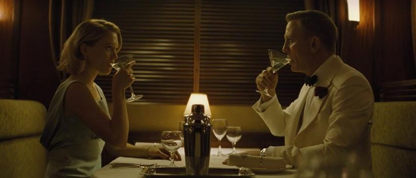 JAMES BOND | Novo filme pode mostrar o 007 casado!