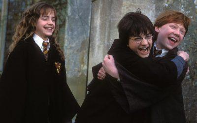 OMG   Vai ter jogo do Harry Potter em realidade aumentada SIM!