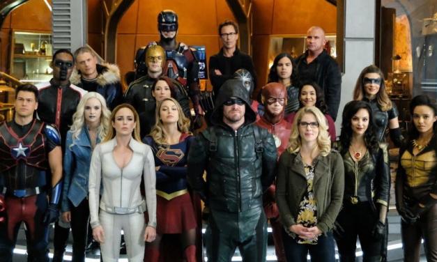 CRISE NA TERRA-X | DC libera o primeiro trailer do épico crossover!