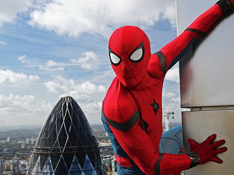 CAPITÃO AMÉRICA: GUERRA CIVIL   Conheça o uniforme alternativo do Homem-Aranha!