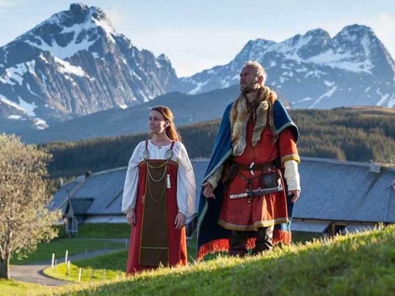 BRINCAR NA NEVE | Frozen e Anjo Russo ajudaram a difundir a cultura da Escandinávia!