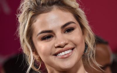 13 REASONS WHY: Selena Gomez anuncia música nova para a trilha sonora!