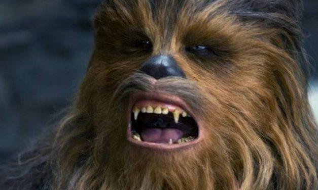 HAN SOLO | Chewie não aguenta mais receber spoilers dos outros!