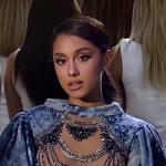 MÚSICA | Vem ver o clipe de 'God Is A Woman' da Ariana Grande!