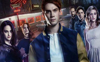 RIVERDALE | Warner Channel entrevista o elenco da série durante a Comic Con!