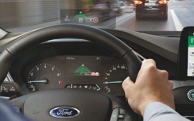 FORD   Tecnologia de jatos está chegando nos painéis dos carros da empresa!