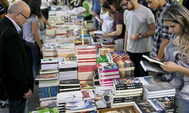 BIENAL DO LIVRO   Confira a programação para a maior feira de livros de São Paulo!