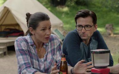 CAMPING   Jennifer Garner e David Tennant estrelam nova comédia na HBO!