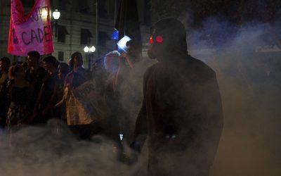 O DOUTRINADOR | Confira o justiceiro invade o palácio do Governo no primeiro minuto do filme!