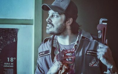 EXTERMINADORES DO ALÉM | Danilo Gentili luta contra a Loira do Banheiro no primeiro trailer do filme!