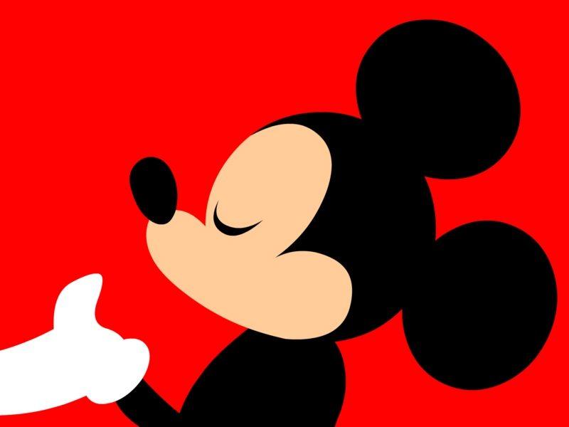 HAVAIANAS   O Mickey vai comemorar o aniversário dele até nos seus pés!
