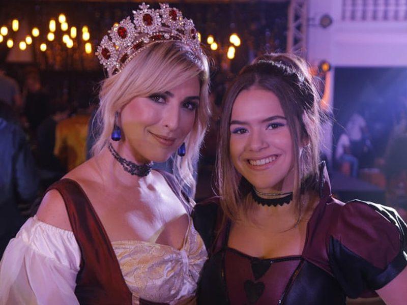 CINDERELA POP | Maísa interpreta uma versão moderna da princesa!