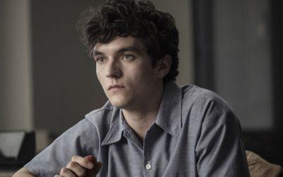 BANDERSNATCH   Netflix está sendo processada pelo filme de Black Mirror!