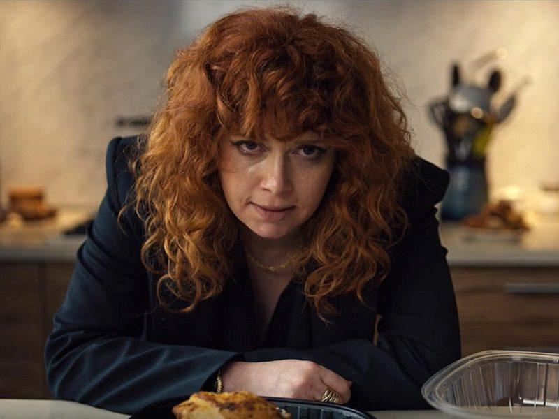 BONECA RUSSA | Vale a pena assistir a nova série diferentona original Netflix?