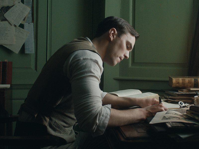 TOLKIEN | Fox divulga novo trailer e poster lindo do filme!