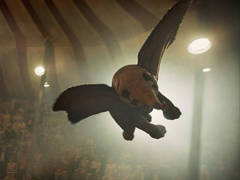 DUMBO | Como está o elefantinho do Tim Burton?