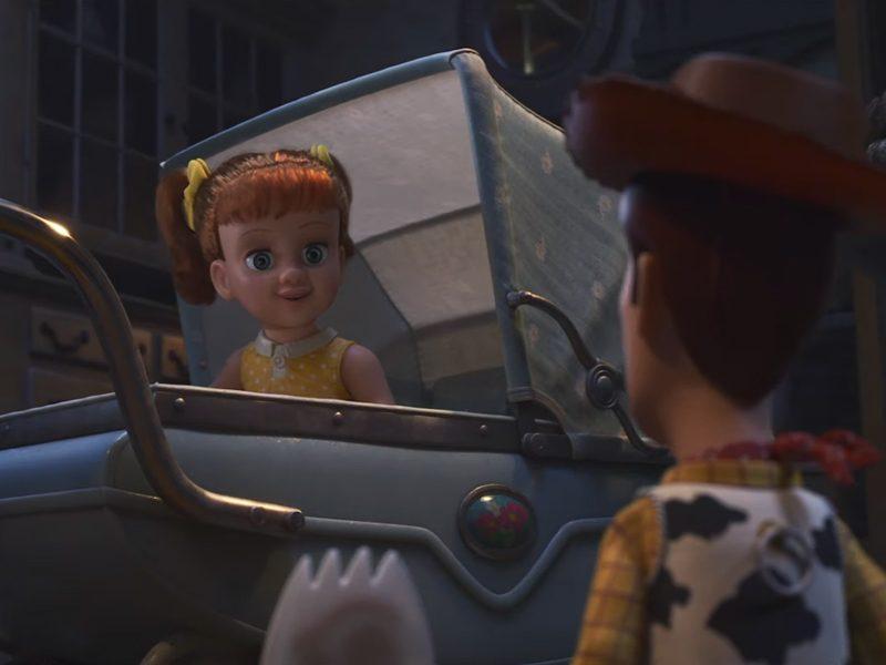 TOY STORY 4 | Woody conhece nova boneca em trailer!