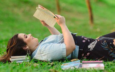 BIENAL | Belle Leal apresenta segundo livro no evento!