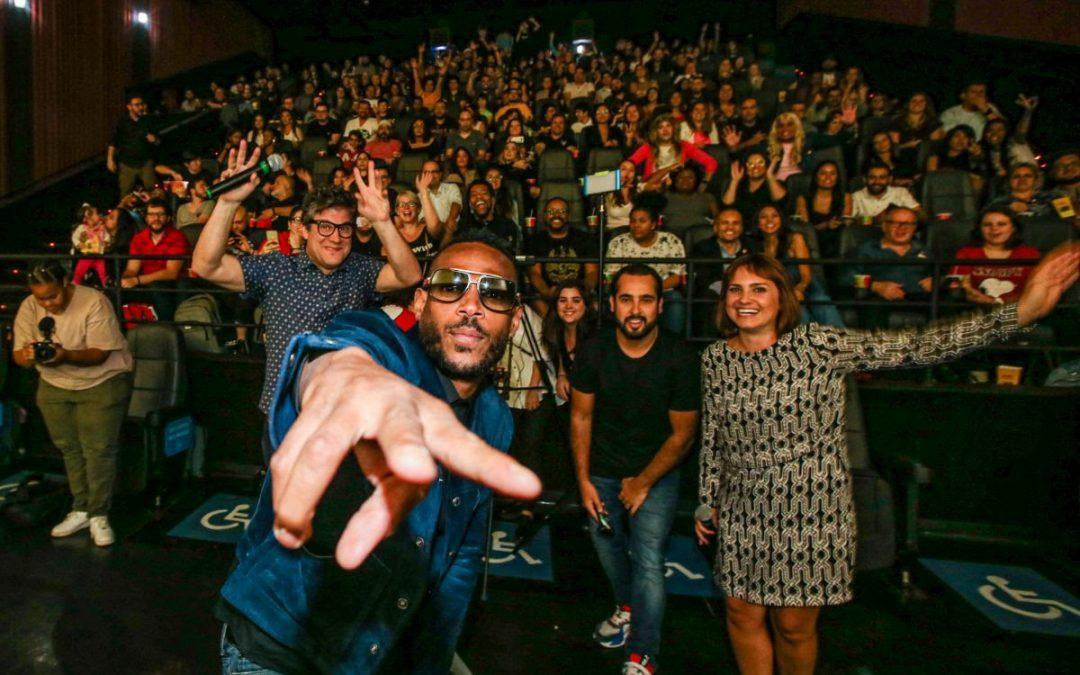 NETFLIX | Marlon Wayans surpreende fãs no Brasil!