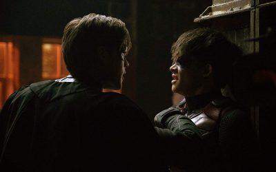 TITANS   Sneak peak da 2ª temporada mostra briga entre Robins!