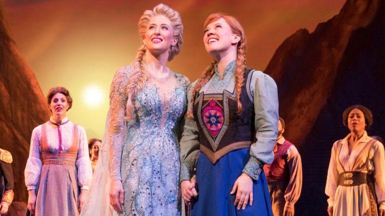 VLOG NYCC – 2019   Encontramos a Elsa de Frozen em NY!