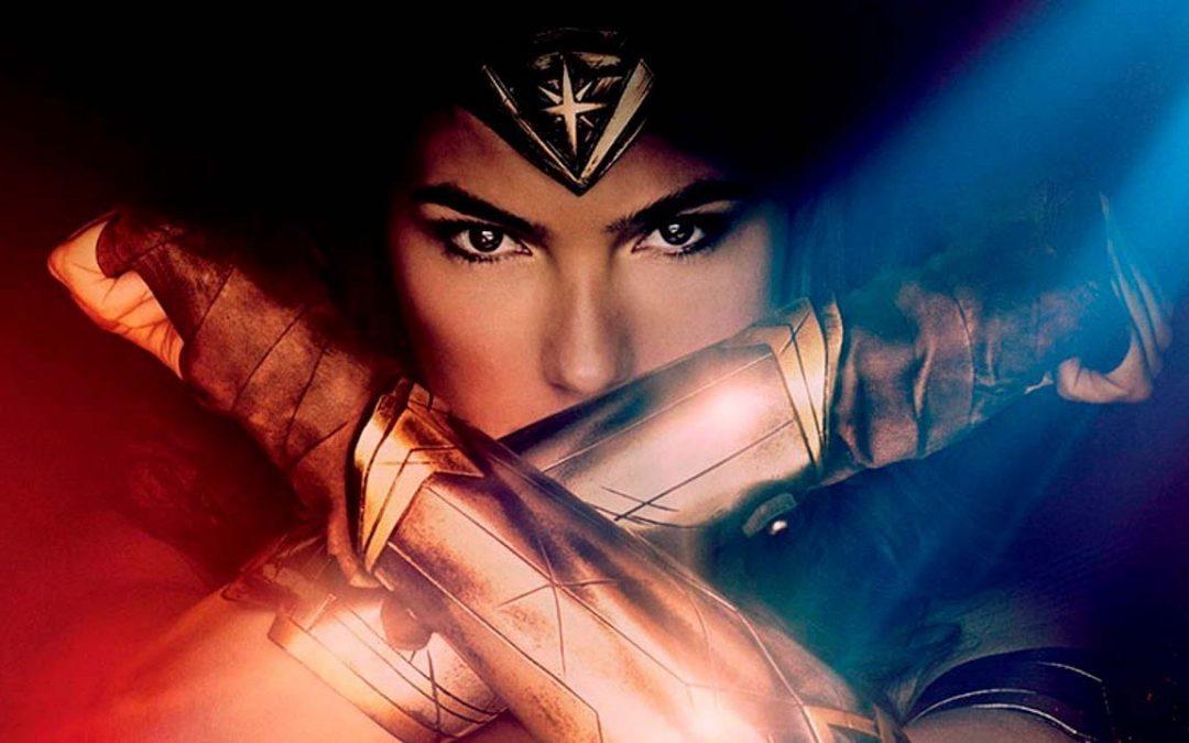 MULHER-MARAVILHA 1984 | Foto revela nova armadura de Diana!