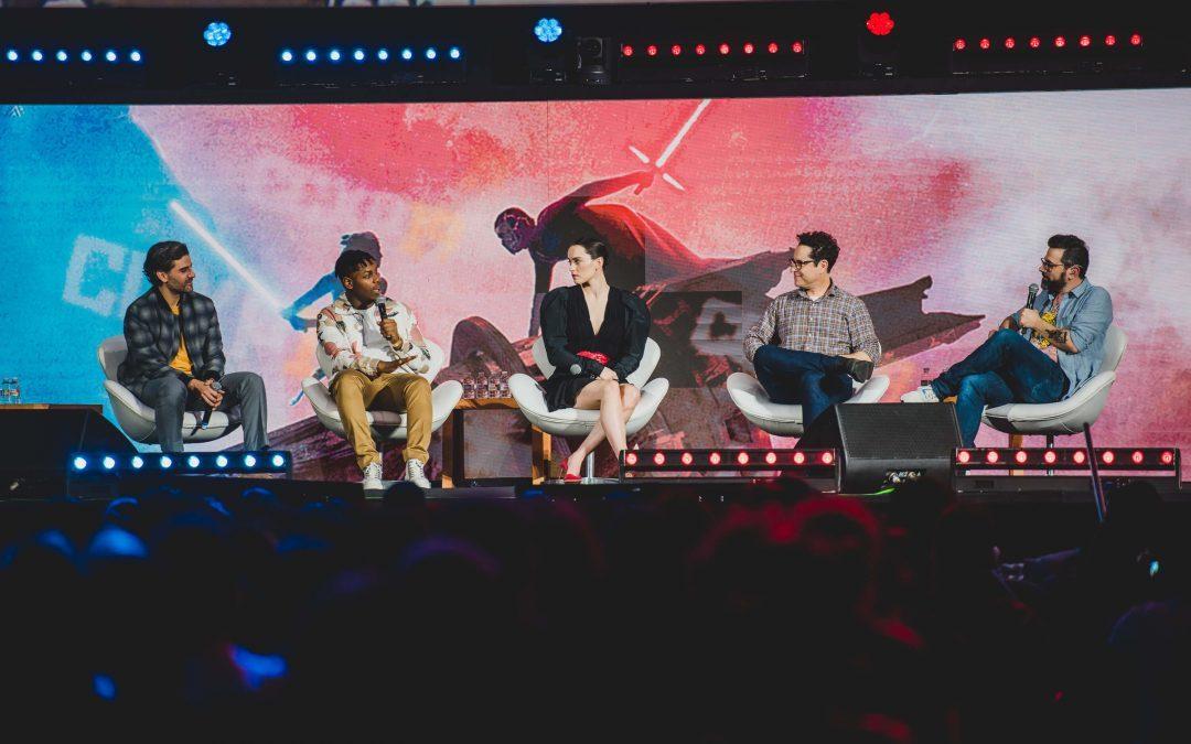 CCXP 2019   Disney dominou o auditório Cinemark com Frozen 2, Marvel Studios e Star wars sendo os grandes destaques do terceiro dia de evento!