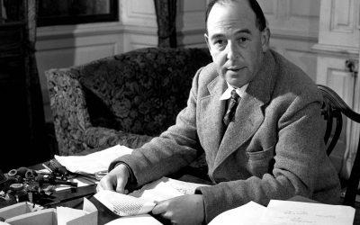 C.S. LEWIS | Livro traz a história de uma das maiores mentes da literatura!