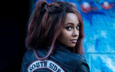 Atriz de Riverdale pode substituir Ruby Rose em Batwoman